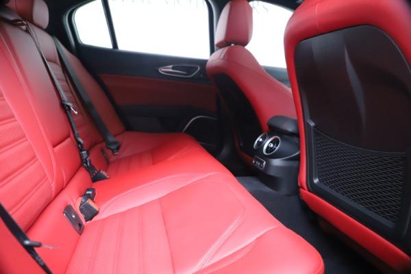 New 2019 Alfa Romeo Giulia Ti Sport Carbon Q4 for sale Sold at Pagani of Greenwich in Greenwich CT 06830 27