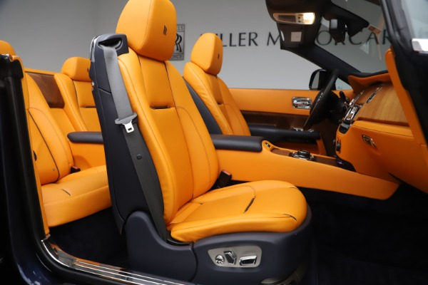Used 2017 Rolls-Royce Dawn for sale $265,900 at Pagani of Greenwich in Greenwich CT 06830 20