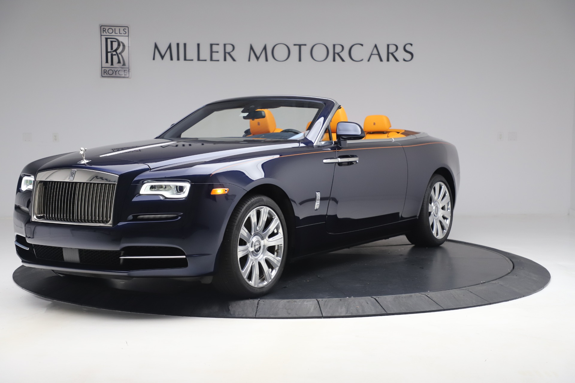 Used 2017 Rolls-Royce Dawn for sale $265,900 at Pagani of Greenwich in Greenwich CT 06830 1