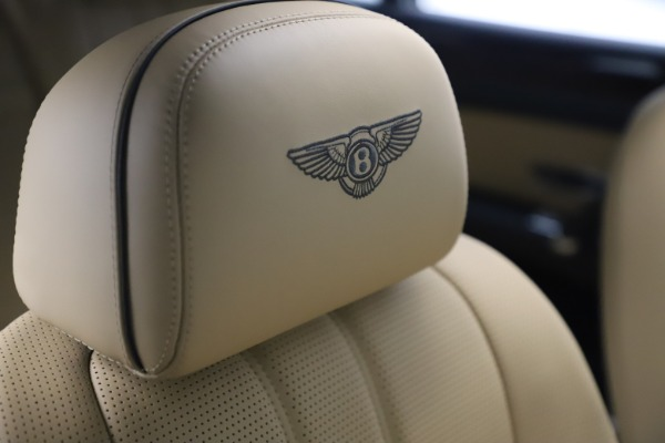 Used 2016 Bentley Flying Spur V8 for sale Sold at Pagani of Greenwich in Greenwich CT 06830 27