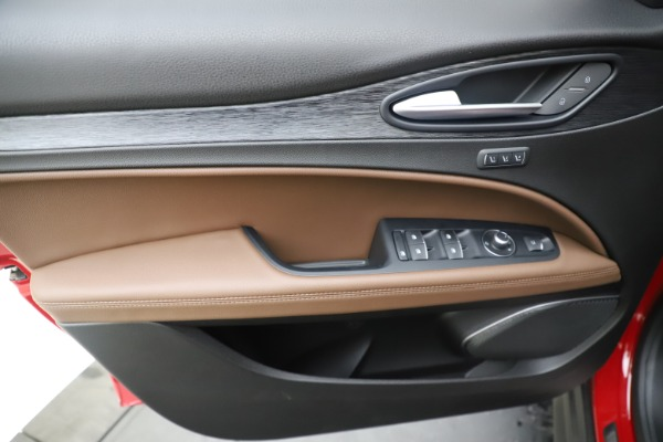 New 2019 Alfa Romeo Stelvio Q4 for sale Sold at Pagani of Greenwich in Greenwich CT 06830 17