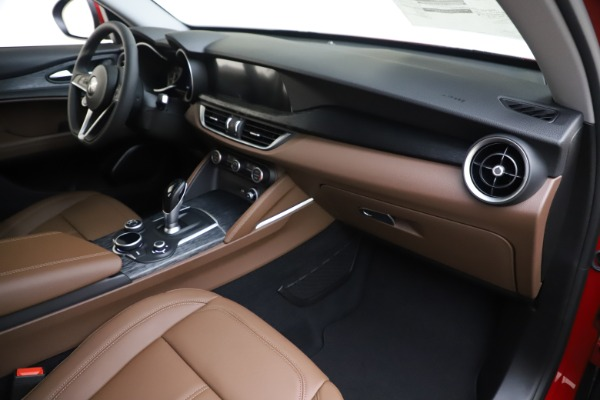 New 2019 Alfa Romeo Stelvio Q4 for sale Sold at Pagani of Greenwich in Greenwich CT 06830 22