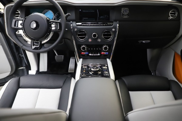 New 2020 Rolls-Royce Cullinan for sale Sold at Pagani of Greenwich in Greenwich CT 06830 25