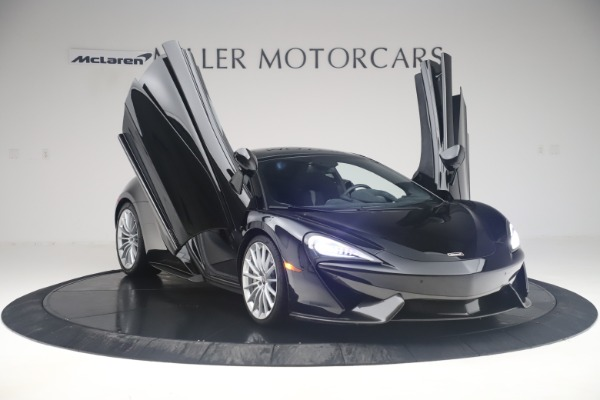 Used 2017 McLaren 570GT Coupe for sale $142,900 at Pagani of Greenwich in Greenwich CT 06830 11