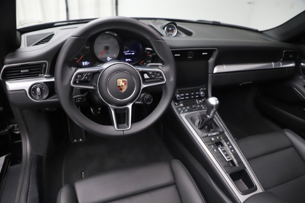 Used 2017 Porsche 911 Carrera 4S for sale Sold at Pagani of Greenwich in Greenwich CT 06830 18