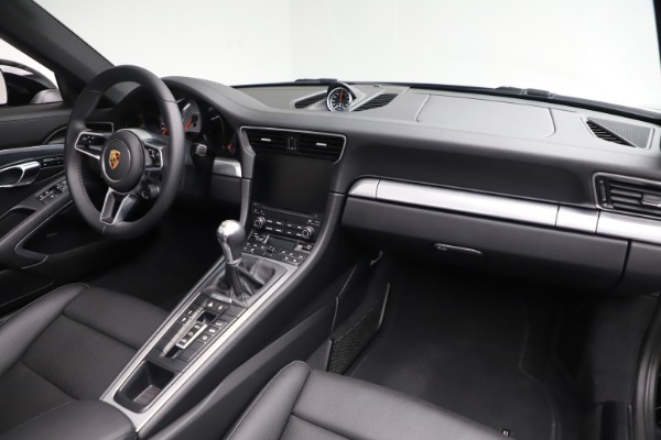 Used 2017 Porsche 911 Carrera 4S for sale Sold at Pagani of Greenwich in Greenwich CT 06830 24