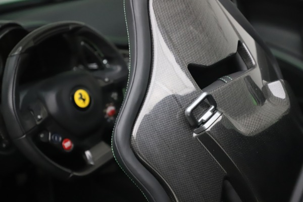 Used 2015 Ferrari 458 Spider for sale Sold at Pagani of Greenwich in Greenwich CT 06830 28
