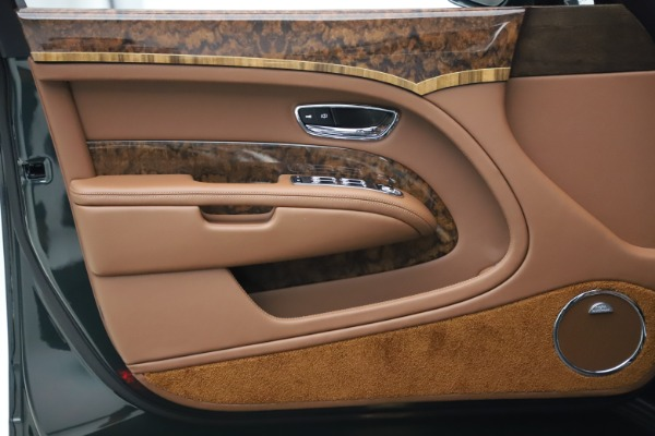 New 2020 Bentley Mulsanne for sale $384,865 at Pagani of Greenwich in Greenwich CT 06830 16