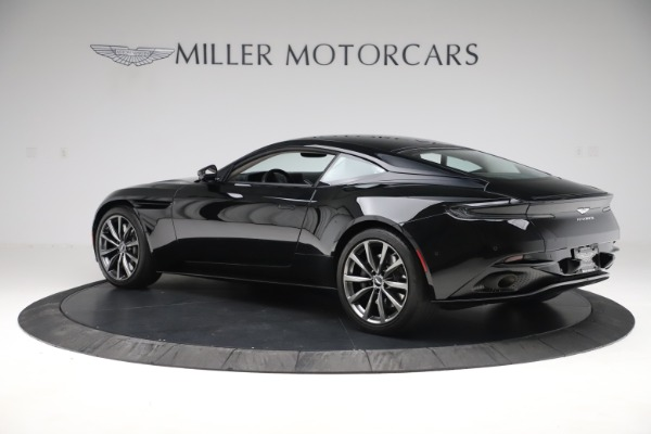 Used 2018 Aston Martin DB11 V8 for sale $139,900 at Pagani of Greenwich in Greenwich CT 06830 3