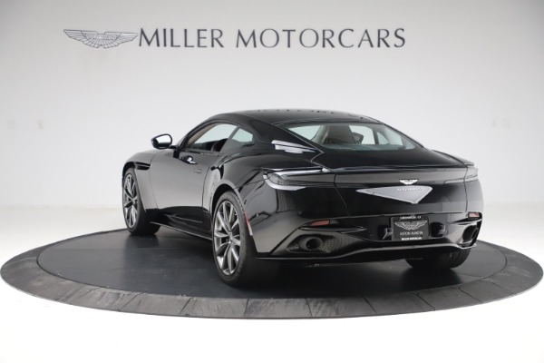Used 2018 Aston Martin DB11 V8 for sale $139,900 at Pagani of Greenwich in Greenwich CT 06830 4
