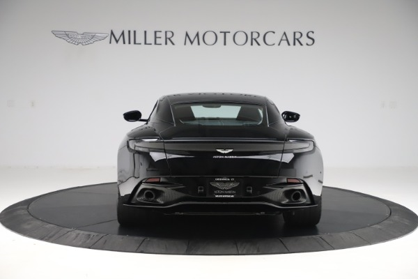 Used 2018 Aston Martin DB11 V8 for sale $139,900 at Pagani of Greenwich in Greenwich CT 06830 5