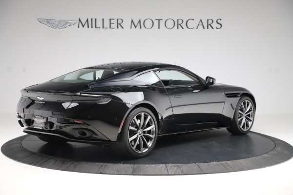 Used 2018 Aston Martin DB11 V8 for sale $139,900 at Pagani of Greenwich in Greenwich CT 06830 7