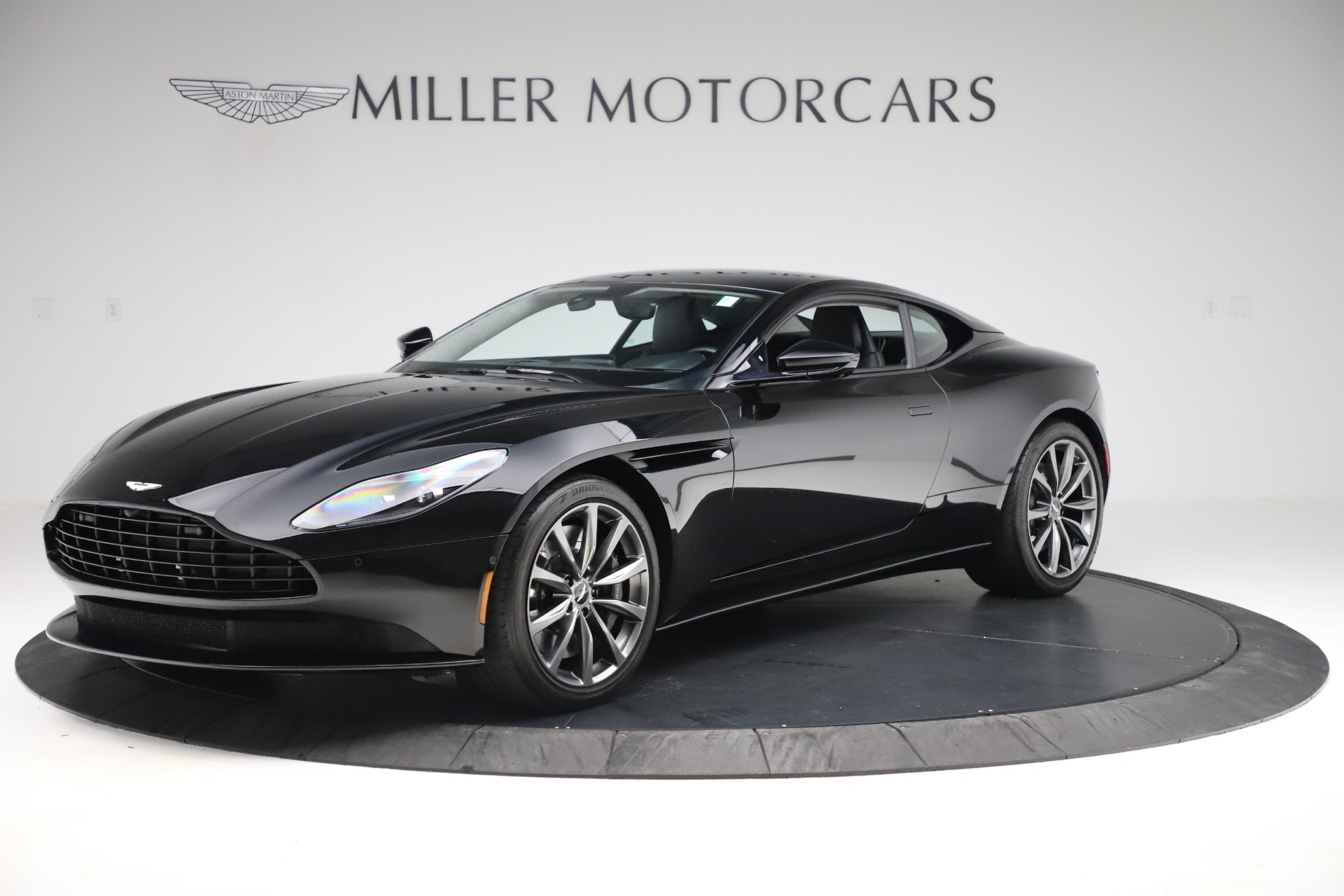 Used 2018 Aston Martin DB11 V8 for sale $139,900 at Pagani of Greenwich in Greenwich CT 06830 1