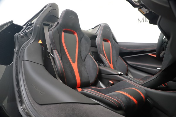 Used 2020 McLaren 720S Spider for sale $334,900 at Pagani of Greenwich in Greenwich CT 06830 28