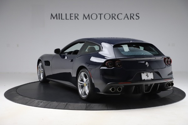 Used 2017 Ferrari GTC4Lusso for sale $221,900 at Pagani of Greenwich in Greenwich CT 06830 5