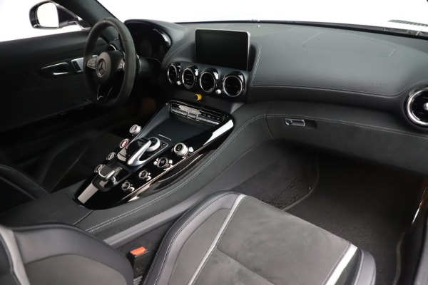 Used 2018 Mercedes-Benz AMG GT R for sale Sold at Pagani of Greenwich in Greenwich CT 06830 19