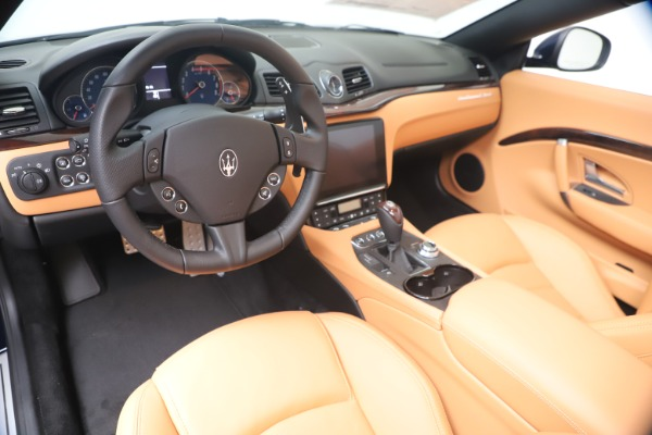 New 2019 Maserati GranTurismo Sport Convertible for sale $172,060 at Pagani of Greenwich in Greenwich CT 06830 19