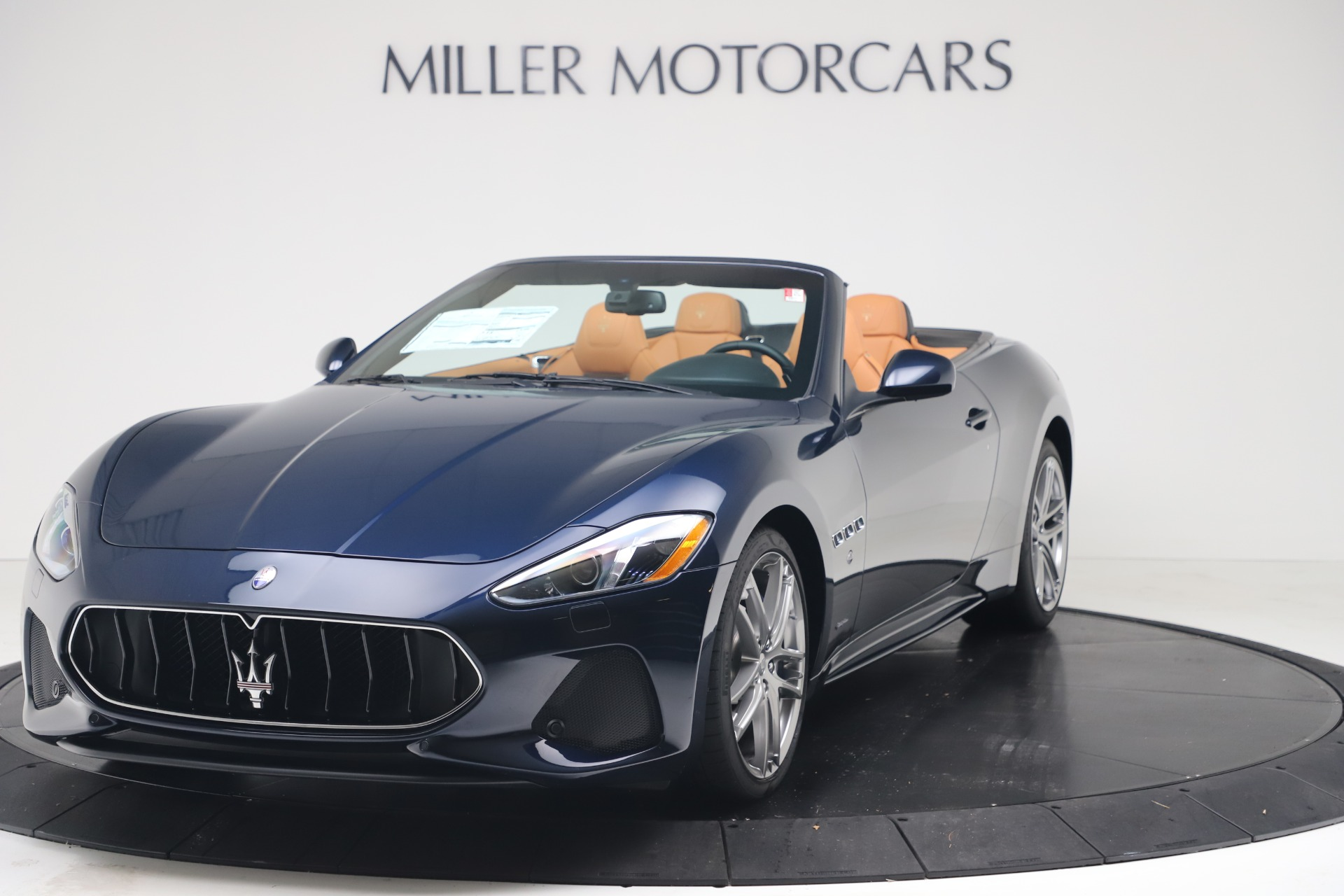 New 2019 Maserati GranTurismo Sport Convertible for sale $172,060 at Pagani of Greenwich in Greenwich CT 06830 1
