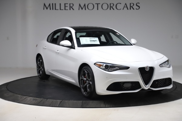 New 2019 Alfa Romeo Giulia Ti Sport Q4 for sale $54,540 at Pagani of Greenwich in Greenwich CT 06830 11