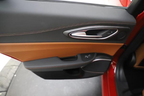 New 2019 Alfa Romeo Giulia Ti Lusso Q4 for sale $47,290 at Pagani of Greenwich in Greenwich CT 06830 21