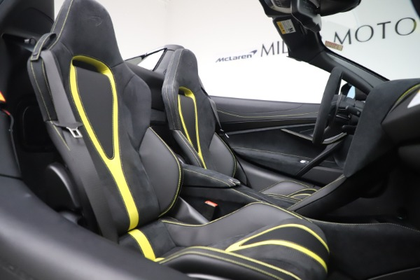 Used 2020 McLaren 720S Spider Convertible for sale Call for price at Pagani of Greenwich in Greenwich CT 06830 26