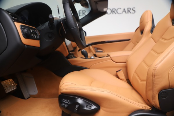New 2019 Maserati GranTurismo Sport for sale $162,520 at Pagani of Greenwich in Greenwich CT 06830 20