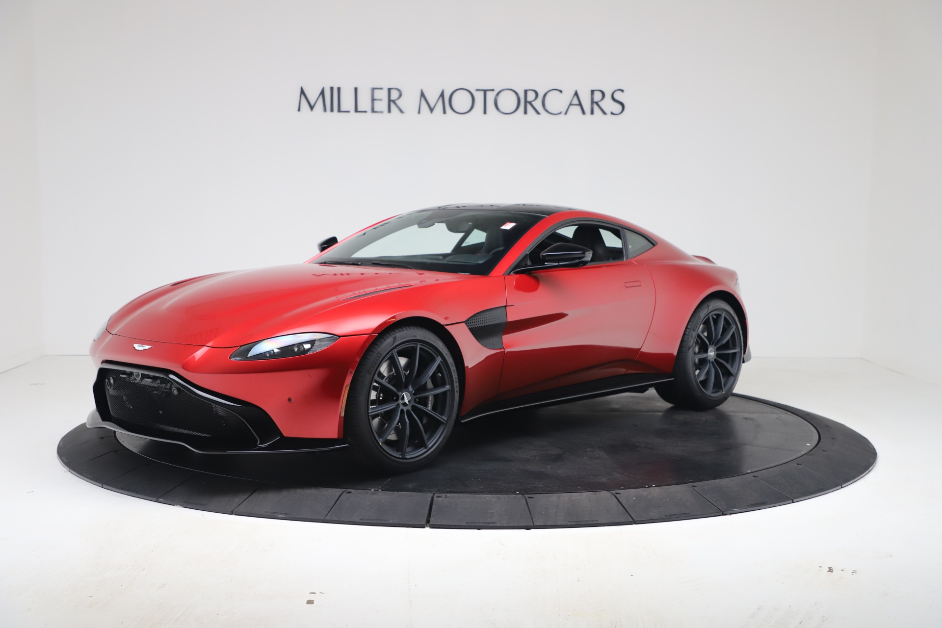 New 2020 Aston Martin Vantage Coupe for sale $195,089 at Pagani of Greenwich in Greenwich CT 06830 1