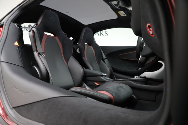 New 2020 McLaren GT Coupe for sale $249,275 at Pagani of Greenwich in Greenwich CT 06830 17