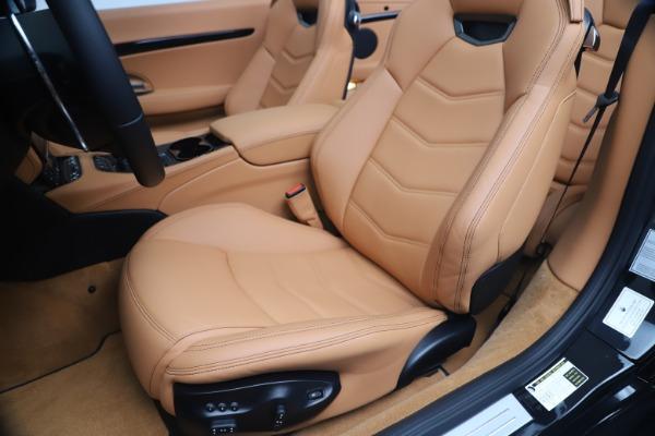 New 2019 Maserati GranTurismo Sport Convertible for sale $161,970 at Pagani of Greenwich in Greenwich CT 06830 21