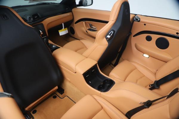 New 2019 Maserati GranTurismo Sport Convertible for sale $161,970 at Pagani of Greenwich in Greenwich CT 06830 25