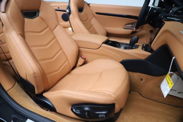 New 2019 Maserati GranTurismo Sport Convertible for sale $161,970 at Pagani of Greenwich in Greenwich CT 06830 28