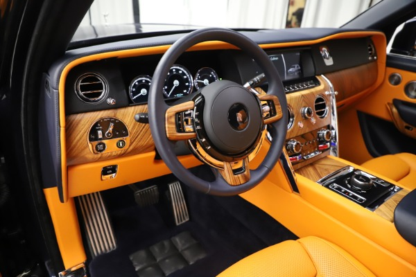 Used 2019 Rolls-Royce Cullinan for sale $319,900 at Pagani of Greenwich in Greenwich CT 06830 15