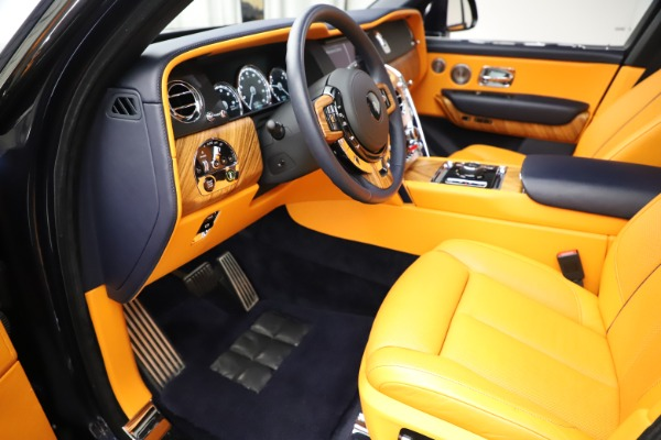 Used 2019 Rolls-Royce Cullinan for sale $319,900 at Pagani of Greenwich in Greenwich CT 06830 17