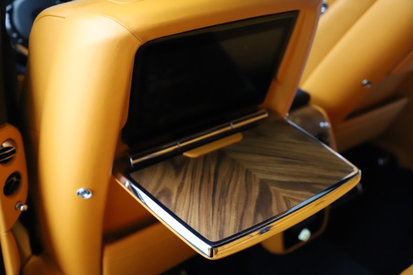 Used 2019 Rolls-Royce Cullinan for sale $319,900 at Pagani of Greenwich in Greenwich CT 06830 22