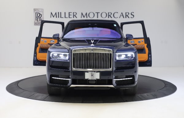 Used 2019 Rolls-Royce Cullinan for sale $319,900 at Pagani of Greenwich in Greenwich CT 06830 9