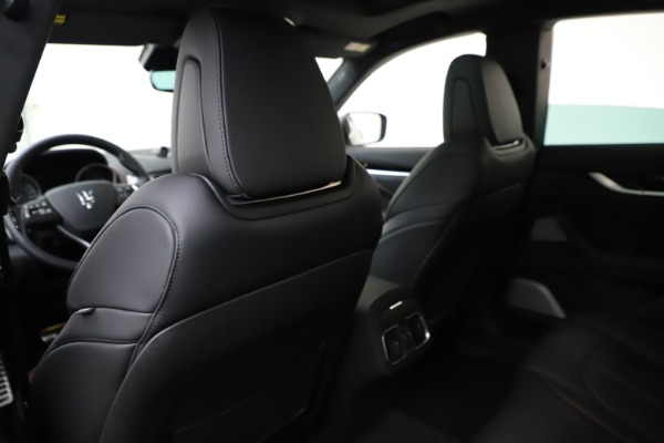 New 2019 Maserati Levante Q4 GranSport for sale Call for price at Pagani of Greenwich in Greenwich CT 06830 18
