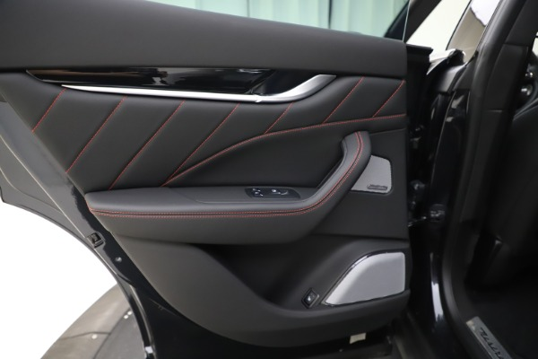 New 2019 Maserati Levante Q4 GranSport for sale Call for price at Pagani of Greenwich in Greenwich CT 06830 21