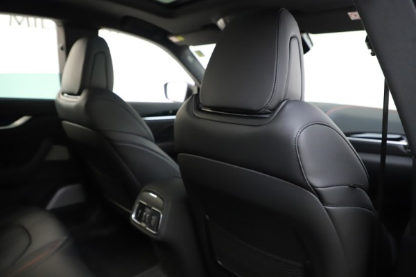 New 2019 Maserati Levante Q4 GranSport for sale Call for price at Pagani of Greenwich in Greenwich CT 06830 28