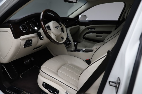 Used 2016 Bentley Mulsanne for sale Sold at Pagani of Greenwich in Greenwich CT 06830 17