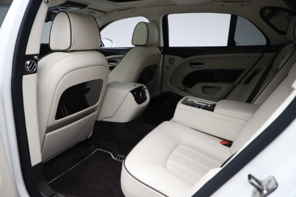 Used 2016 Bentley Mulsanne for sale Sold at Pagani of Greenwich in Greenwich CT 06830 21