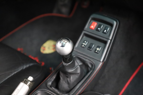 Used 1997 Porsche 911 Turbo S for sale $429,900 at Pagani of Greenwich in Greenwich CT 06830 17