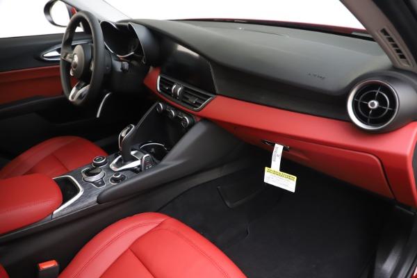 New 2020 Alfa Romeo Giulia Q4 for sale $45,740 at Pagani of Greenwich in Greenwich CT 06830 22