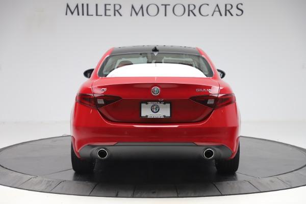 New 2020 Alfa Romeo Giulia Q4 for sale $45,740 at Pagani of Greenwich in Greenwich CT 06830 6