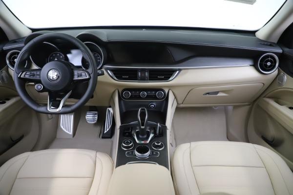 New 2020 Alfa Romeo Stelvio Ti Lusso Q4 for sale $55,790 at Pagani of Greenwich in Greenwich CT 06830 16