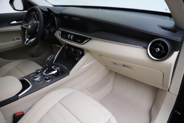 New 2020 Alfa Romeo Stelvio Ti Lusso Q4 for sale $55,790 at Pagani of Greenwich in Greenwich CT 06830 22