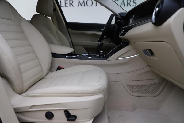 New 2020 Alfa Romeo Stelvio Ti Lusso Q4 for sale $55,790 at Pagani of Greenwich in Greenwich CT 06830 23