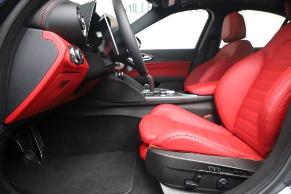 New 2020 Alfa Romeo Giulia Ti Sport Q4 for sale Sold at Pagani of Greenwich in Greenwich CT 06830 14