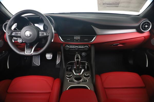New 2020 Alfa Romeo Giulia Ti Sport Q4 for sale Sold at Pagani of Greenwich in Greenwich CT 06830 16