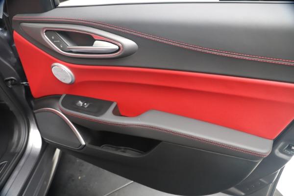 New 2020 Alfa Romeo Giulia Ti Sport Q4 for sale Sold at Pagani of Greenwich in Greenwich CT 06830 25