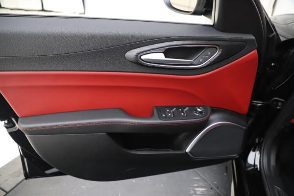 New 2020 Alfa Romeo Giulia Q4 for sale Sold at Pagani of Greenwich in Greenwich CT 06830 17